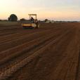 'Fazendo a pista asfaltada aqui na fazenda', disse Gusttavo Lima em seu Snapchat