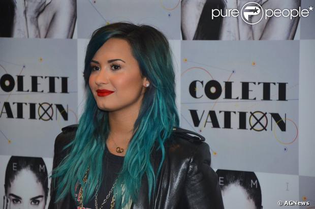 Demi Lovato está no Brasil para participar do lançamento da nova MTV Brasil e anunciou que volta em 2014 com seu novo show