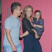 Luciano Huck e Angélica levam Eva, de 3 anos, à festa do filho de Regina Casé