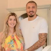 Fernando Medeiros curte trocar fraldas do filho com Aline Gotschalg: 'Muito bom'
