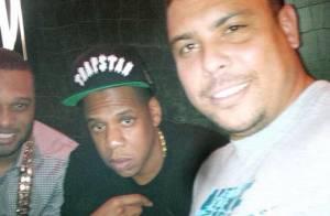 Ronaldo posa ao lado de rapper Jay-Z. Veja outras tietagens de famosos