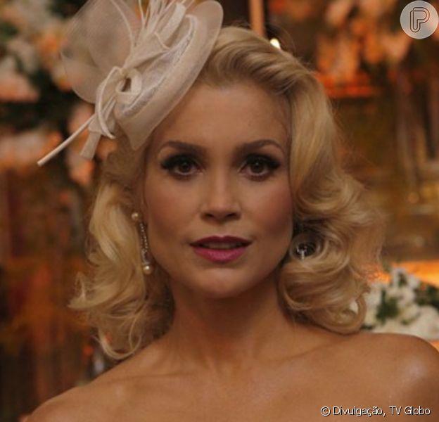 Na novela 'Êta Mundo Bom!', Sandra (Flávia Alessandra) é abandonada no altar por Candinho (Sergio Guizé)