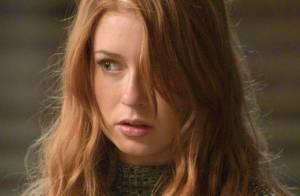 Novela 'Totalmente Demais': Eliza chora ao ver Jonatas esfaqueado. 'Não morre'
