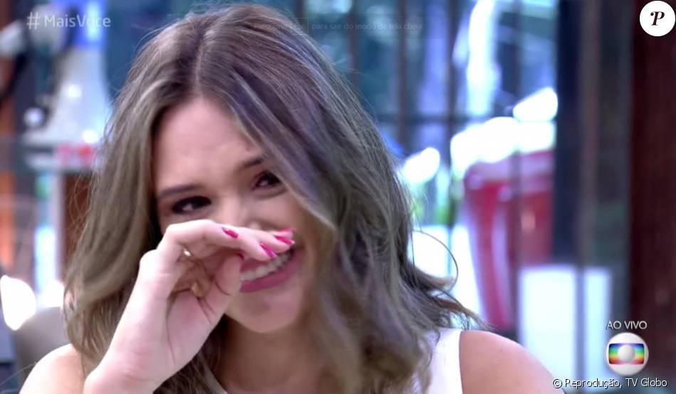 Juliana Paiva se emocionou ao receber depoimento de Juliana Paes no 'Mais Você' desta segunda-feira, 30 de maio de 2016