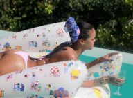 Rihanna mostra corpão de biquíni em dia de piscina com amigas. Veja fotos!