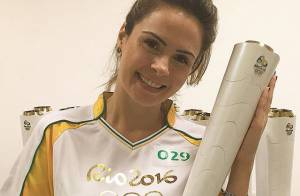 Ex-BBB Ana Paula Renault carrega tocha olímpica: 'Momento histórico'. Vídeo!