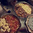 Lucas Lucco e Vitória Gomes comeram pizza na madrugada desta quarta-feira, 8 de junho de 2016