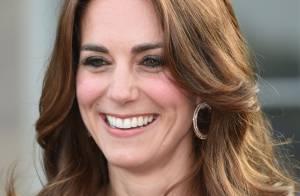 Kate Middleton usa brincos de R$ 192 mil de ouro e diamantes em evento. Fotos!