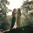Joaquina (Andreia Horta) e Xavier (Bruno Ferrari) têm cena de sexo elogiada na web: 'Lindo'