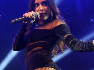 Anitta brinca sobre assédio de fãs no palco: 'Quando é hétero, eu que chamo'