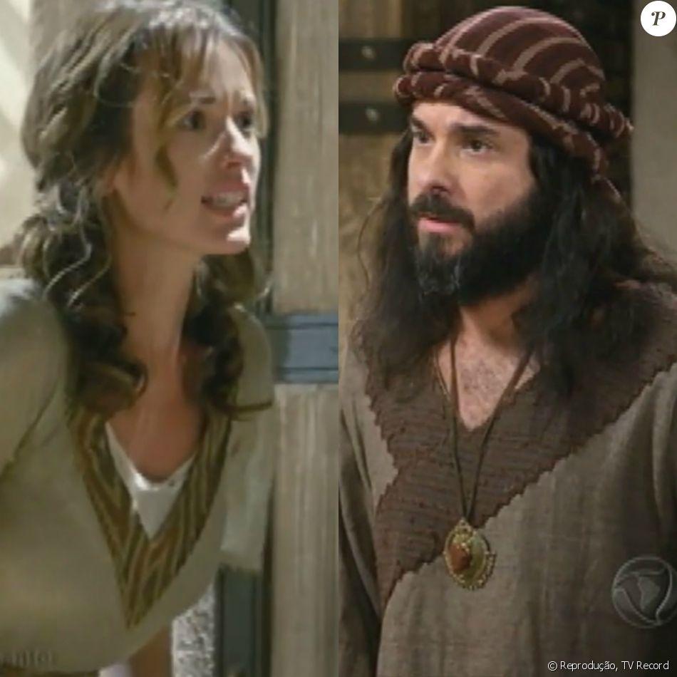 Leila (Juliana Didone) descobre por Lemuel (Ricardo Vandré) que é a mãe de Baraquias (o nome do ator não foi divulgado), na reta final da novela 'Os Dez Mandamentos - Nova Temporada'