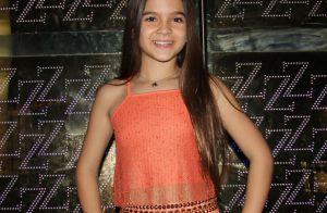 Mel Maia estreia no humor como filha de Leandro Hassum em especial de fim de ano