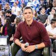 Marcio Garcia vai apresentar o programa 'Tamanho Família', que tem estreia marcada para 10 de julho de 2016. O game show convida os famosos para uma conversa com os familiares