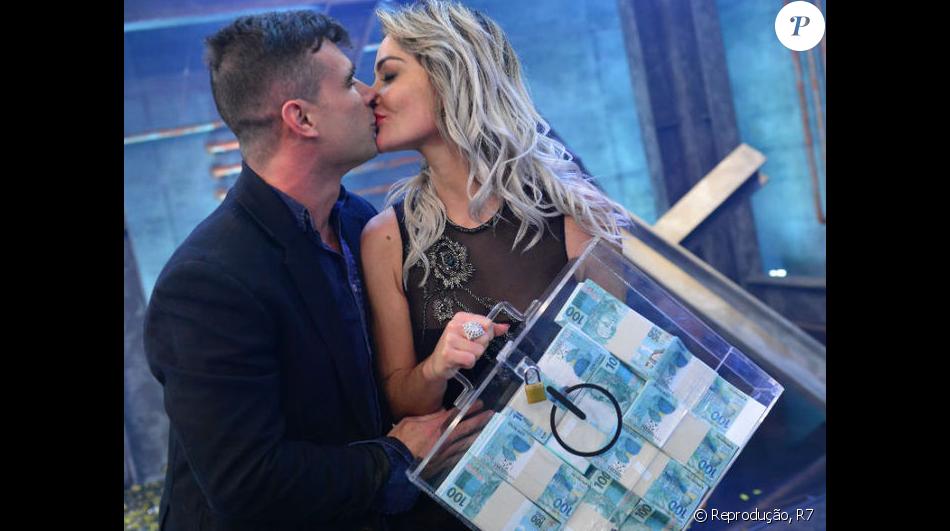 Laura Keller e Jorge Souza vencem o 'Power Couple' e levam prêmio de R$ 697 mil