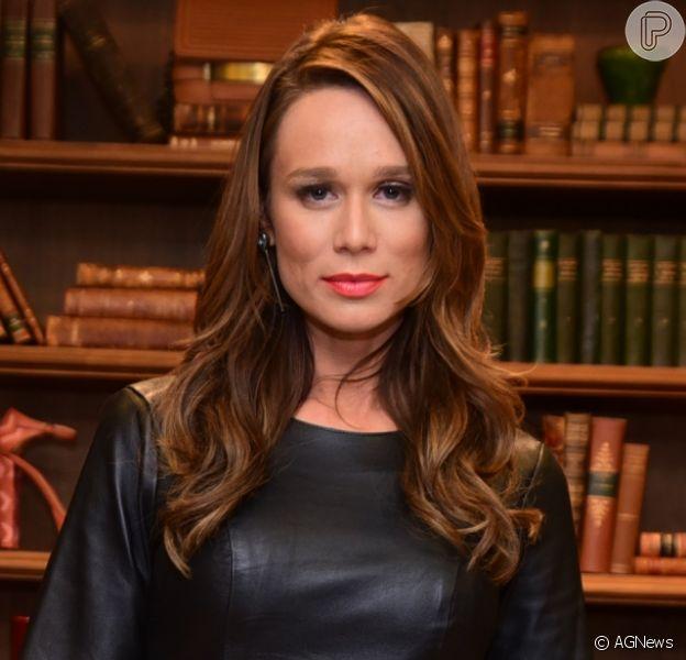 Mariana Ximenes aposta em look de R$ 3,4 mil em lançamento de grife