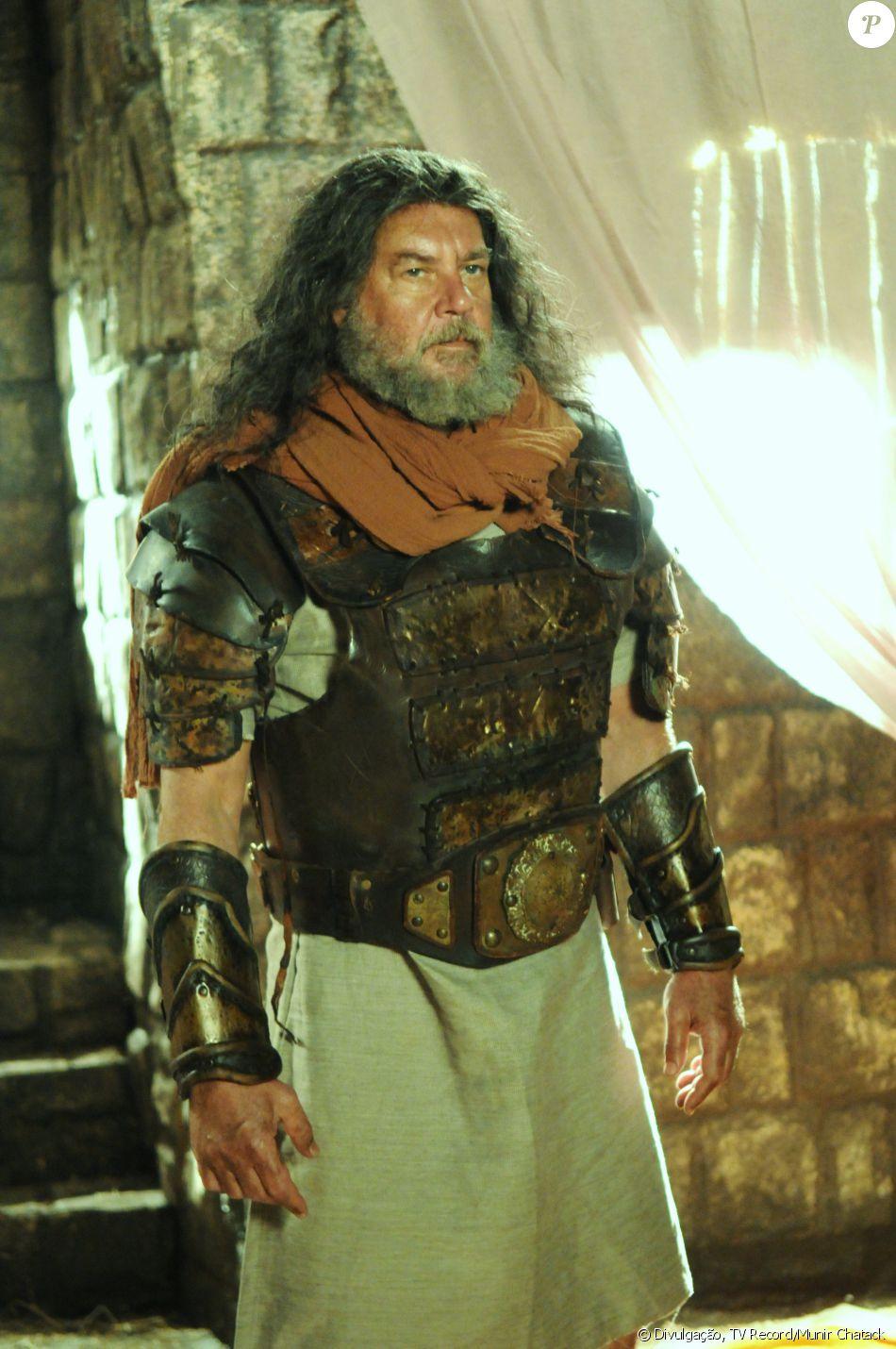 Haniel (Paulo César Grande) é o líder da tribo Manassés. Viúvo, apaixona-se com Tirda (Priscilla Uba), na novela 'A Terra Prometida'