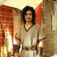Rune (Douglas Sampaio) é escolhido como noivo de Livana (Letícia Medina), pelo pai dela, Elidade (Guilherme Leme Garcia). Fica paralítico, ao sofrer um acidente, na novela 'A Terra Prometida'