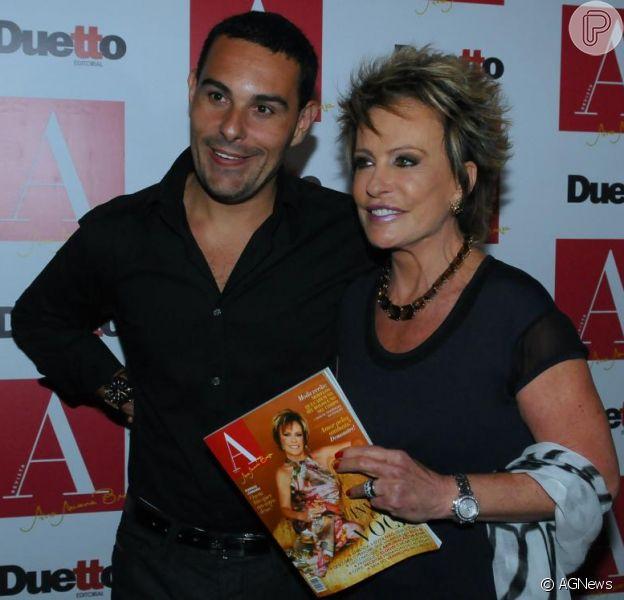 Marcelo Frisoni nega ter recebido R$ 1 milhão de Ana Maria Braga para se separar dela (07 de novembro de 2013)