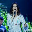 Lana Del Rey emocionou os fãs para durante sua primeira apresentação no Brasil