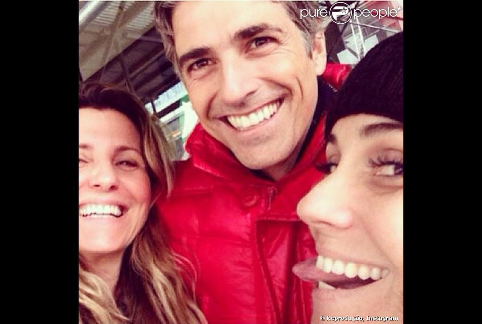 Reynaldo Gianecchini completou 41 anos na terça-feira (12) e comemorou durante uma viagem para Nova York. 'Comemorando com as amigas queridas e pensando em todos que me são caros e que gostaria que estivessem aqui também!', escreveu ele em seu Instagram ao postar uma foto com Giovanna Antonelli e uma amiga