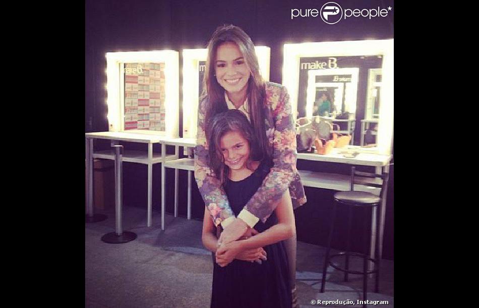 Bruna Marquezine é muito apegar à irmã mais nova, Luana, que estreia como atriz em A Família