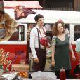 Mateus Solano e Elizabeth Savalla gravaram a cena no Terreirão do Samba, no Rio de Janeiro
