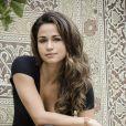Em 'Salve Jorge', Morena (Nanda Costa) cuidará de Jéssica (Carolina Dieckmann) depois de desembarcarem no Brasil e a loira se sentir muito mal