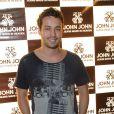 Rodrigo Andrade participa de evento da loja John John