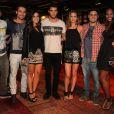 Bruno Gissoni, Rodrigo Andrade, Giovanna Lancellotti, Joshua Bowman, Luiza Valderato, Daniel Rocha participam de evento da loja John John, no Rio, em 28 de novembro de 2013