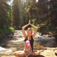 Vivian Lake segue os passos da mãe,  Gisele Bündchen, que gosta de meditar em casa ou ao ar livre