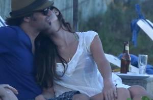 Réveillon: Alinne Moraes e Nathália Dill trocam carinhos com namorados na Bahia