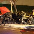 Estado em que ficou o carro em que Paul Walker e seu amigo, Roger Rodas, morreram após bater em um poste de luz, em Santa Clarita, na Califórnia, no último sábado, 30 de novembro de 2013