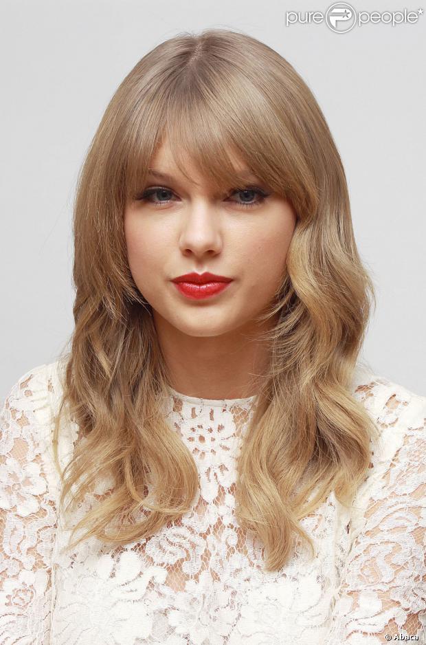 Taylor Swift não gostou nem um pouco ao saber que Harry Styles estaria ficando com Kendall Jenner, irmã de Kim Kardashian, em 9 de dezembro de 2013