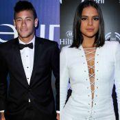 Neymar e Bruna Marquezine são vistos usando mesmo colar e fãs vibram: 'Reataram'