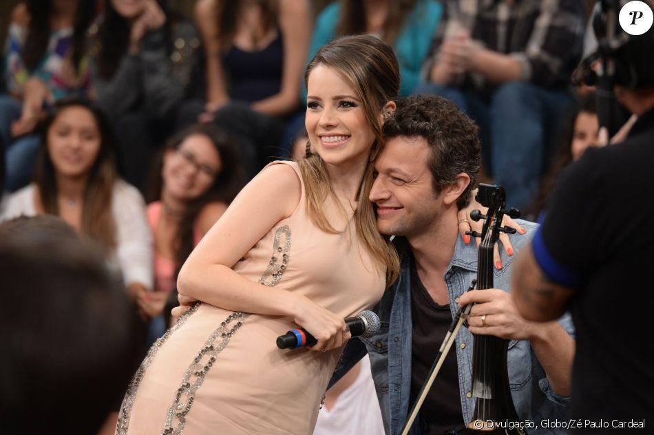 Sandy e Lucas Lima repetem parceria no filme 'Helena', como adiantou o diretor Ernane Alves em conversa com o Purepeople nesta segunda-feira, dia 10 de setembro de 2016