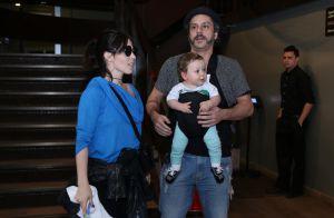 Fernanda Gentil e Alexandre Nero levam os filhos a show infantil no RJ. Fotos!