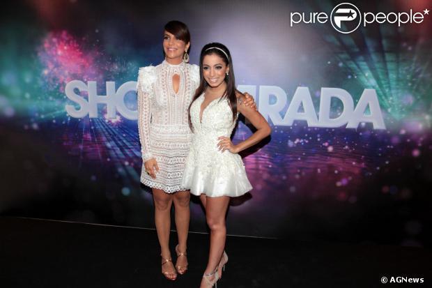Anitta vai se apresentar ao lado de Ivete Sangalo no show que a cantora baiana fará em Maceió, no dia 31 de dezembro de 2013