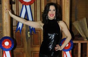 Cláudia Raia emagrece em espetáculo e diz que faria plástica: 'Sem exageros'