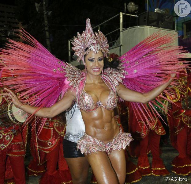 Gracyanne Barbosa vai desfilar como musa da Portela no Carnaval 2014