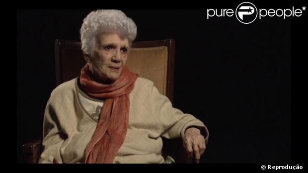 Carmen Zapata morre 86 anos no último domingo, 4 de janeiro de 2014, em Van Nuys, na Califórnia, após sofrer uma insuficiência cardíaca