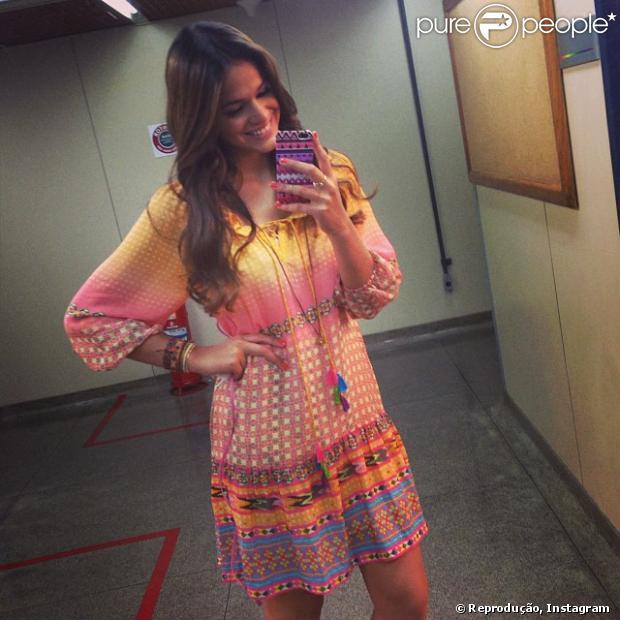Bruna Marquezine apresenta aos fãs Luiza, sua personagem na terceira fase da novela 'Em Família', em 8 de janeiro de 2014