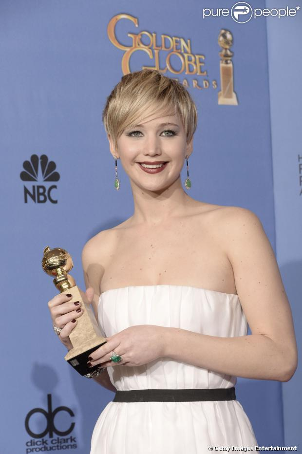 Jennifer Lawrence ganhou o Globo de Ouro 2014 de Melhor Atriz pela atuação no filme 'Trapaça', neste domingo, 12 de janeiro de 2014