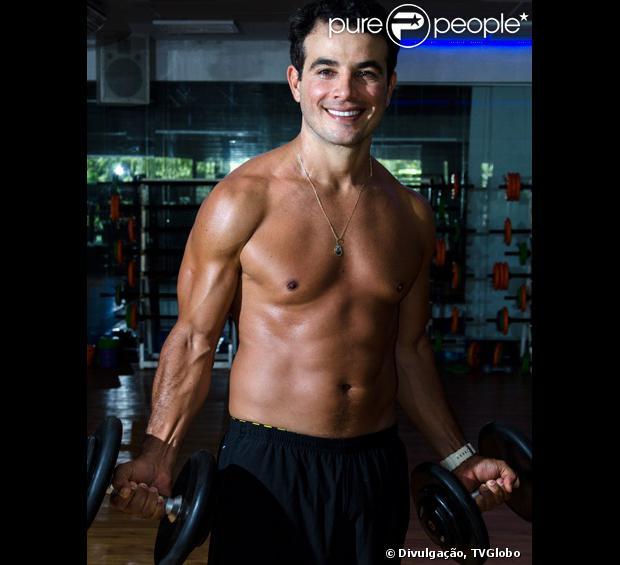 Anderson Di Rizzi fala sobre 'Amor à Vida' e corpo em forma