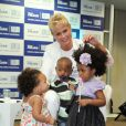 Xuxa Meneghel participouda formatura de 31 alunos do projeto 'Vira Vida', das turmas da Fundação Xuxa Meneghel e do Complexo do Alemão, na Sede da FIRJAN, no Centro do Rio de Janeiro