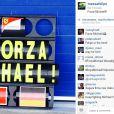 Felipe Massa postou nesta quarta-feira, 29 de janeiro de 2014, uma homenagem ao ex-piloto Shumacher que está há um mês em coma