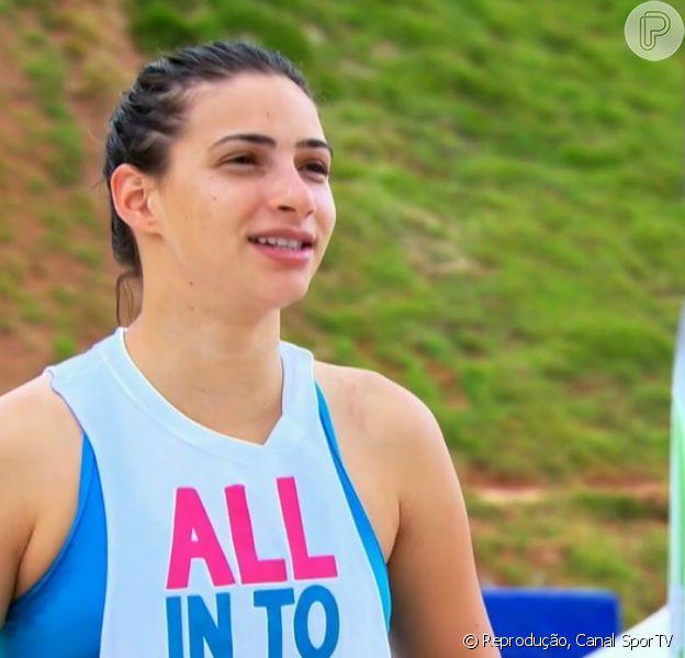 Lais Souza quebrou a terceira vértebra cervical quando esquiava nos Estados Unidos; ela já passou por cirurgia, teve melhora mas ainda corre risco de morte