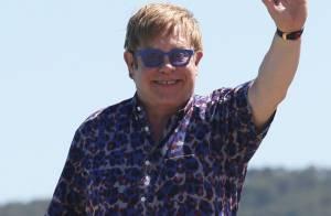 Elton John é pai pela segunda vez, depois de recorrer à mesma mãe de aluguel