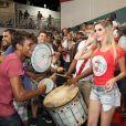 Bárbara Evans pode ocupar o posto de rainha de bateria da Grande Rio em 2015