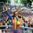 Anitta mostrou seus sucessos no alto do trio elétrico