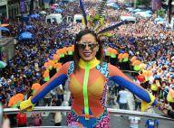 Anitta reúne Isabella Santoni, Thaila Ayala e mais famosos em bloco. Veja fotos!
